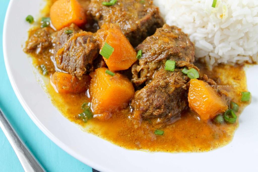 Guyanese Cuisine Savory Beef Curry With Roti Livin La Vida Sabrosa